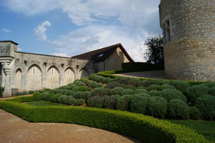 замок в Миланде (Chateau des Milandes). 84818