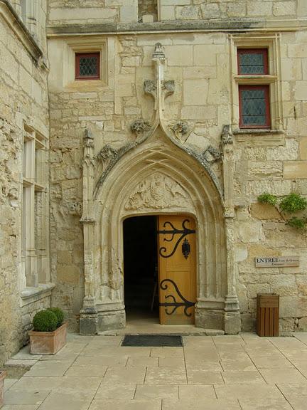 замок в Миланде (Chateau des Milandes). 86897