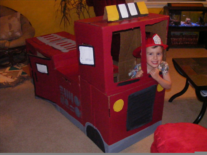 Пожарная машина из картона своими руками