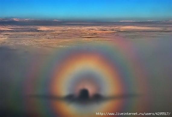 феномен/4295517_1319704970_light_fenomen_09 (570x390, 80Kb)