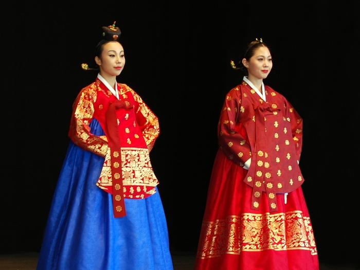3035399_Korean_costumeHanbokDanguiSeuranchima01 (700x525, 217Kb)