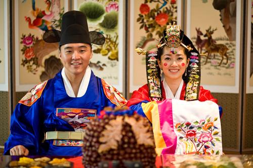3035399_hanbok_weddingdresses_1_ (500x333, 190Kb)