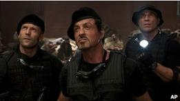 111028211915_expendables2_304x171_k_nocredit (261x147, 6Kb)