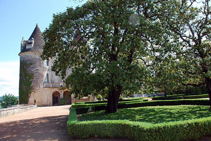 замок в Миланде (Chateau des Milandes). 32653
