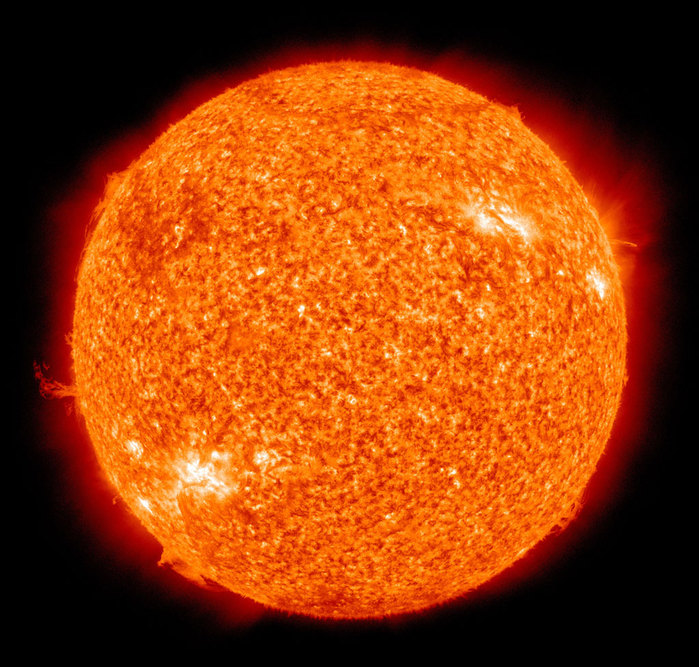 The_Sun_by_the_Atmospheric_Imaging_Assembly_of_NASA's_Solar_Dynamics_Observatory_-_20100819-2 (700x667, 147Kb)