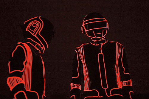 Daft Punk red line (500x331, 110Kb)