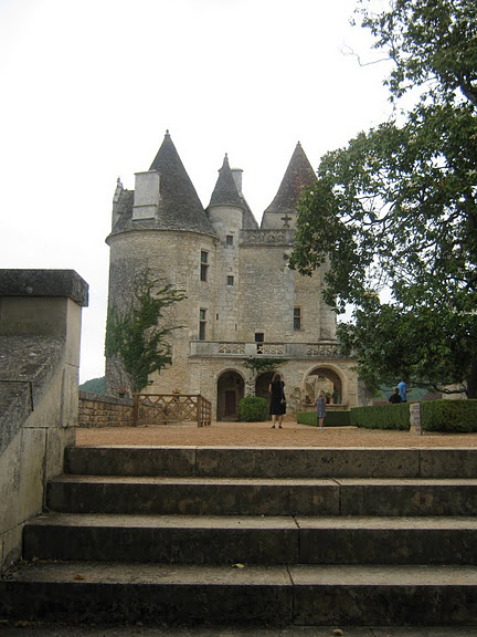 замок в Миланде (Chateau des Milandes). 32502