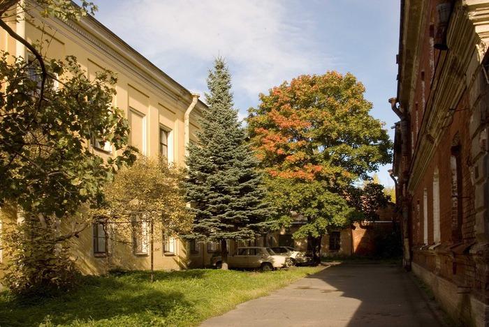 Кронштадт Дворик (700x469, 142Kb)