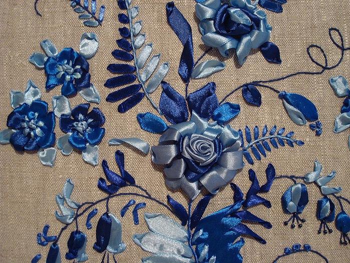 Мастер-класс от Веры Буровой: Вышивание розы лентами.