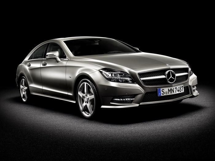 2011-Mercedes-CLS (700x525, 97Kb)