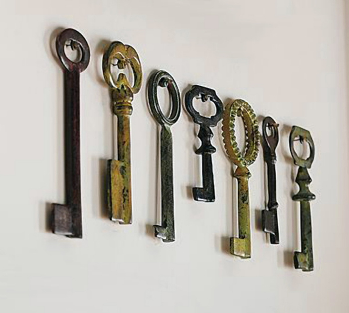 staff-keysjpg-4ed9a3874129a1a4 (700x628, 123Kb)