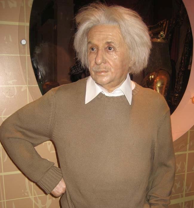 Эйнштейн (650x698, 85Kb)