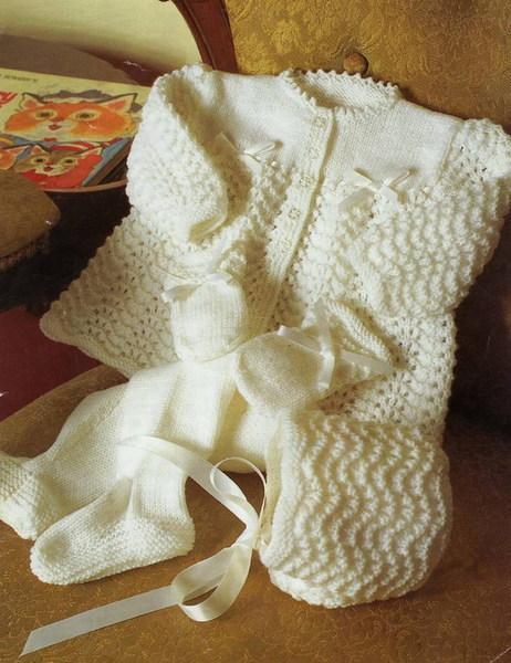 Вязание на спицах детские носочки варежки шапки.