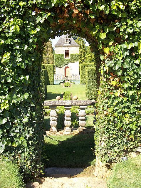 Сады поместья Эриньяк /Les Jardins du Manoir D'Eyrignac 40053