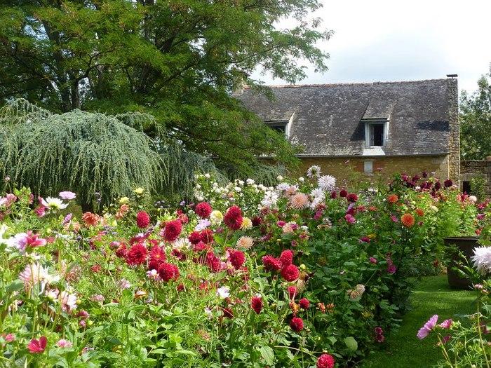 Сады поместья Эриньяк /Les Jardins du Manoir D'Eyrignac 12584