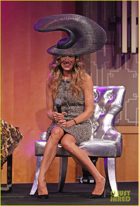 sarah-jessica-parker-i-dont-know-how-she-does-it-in-melbourne-08 (473x700, 102Kb)