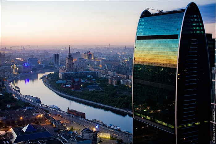 1320507083_moscow_24 (700x466, 246Kb)