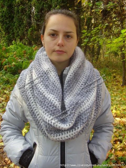 Теплый вязаный снуд - работа Эльвиры Алеевой.