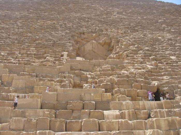 799px-Египетские_пирамиды_в_Гизе (700x524, 169Kb)