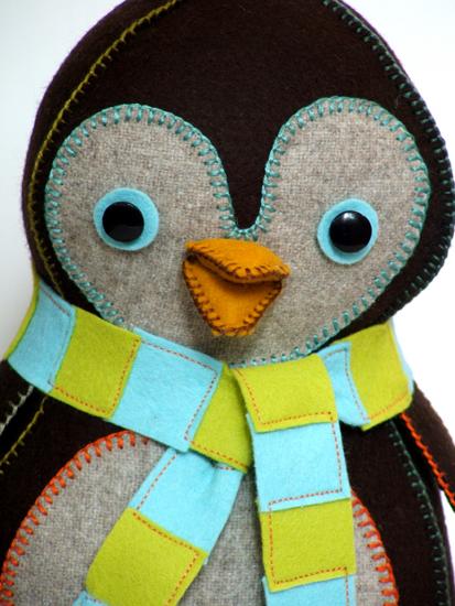 Close up of little penguin (413x550, 257Kb)