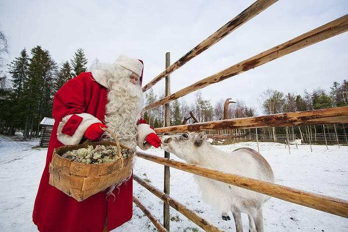Добрый_Санта-Клаус,_Финляндия (700x466, 57Kb)