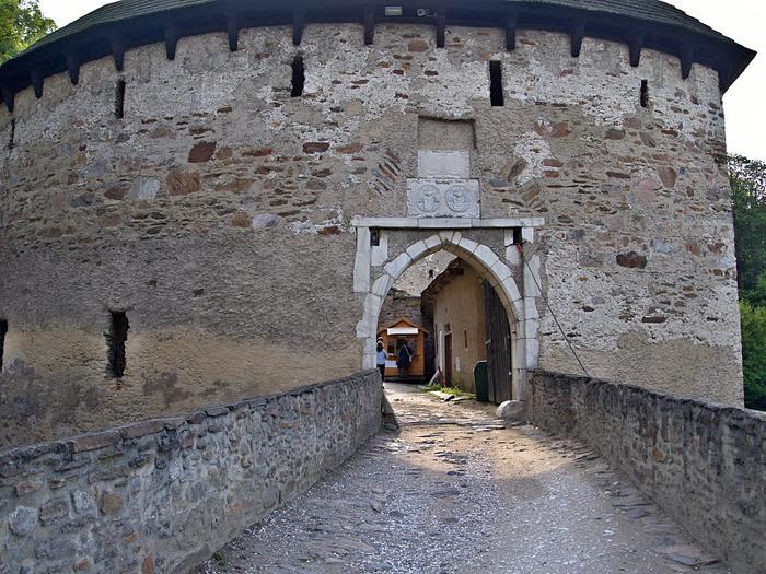 Чехия: Замок Пернштейн 19173