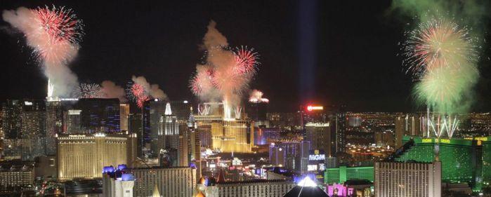 Новый год в Лас Вегасе/2741434_71 (699x281, 40Kb)