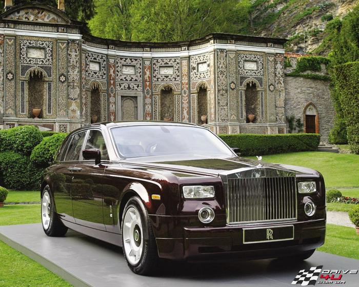 Rolls-Royce-Phantom-10x1280x1024 (700x560, 198Kb)