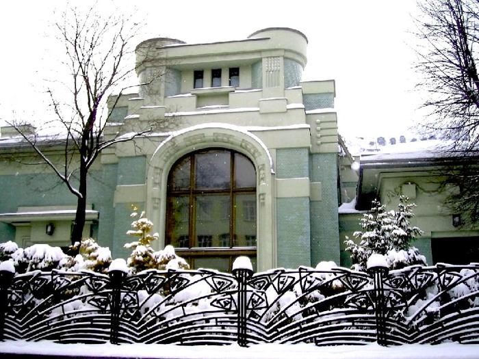4498623_Osobnyak_Derojinskoi (700x525, 144Kb)