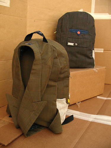 backpacks-recovered-fabrics-carro (375x500, 146Kb)
