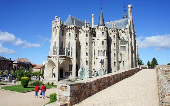 Замок_Асторги (570x358, 268Kb)