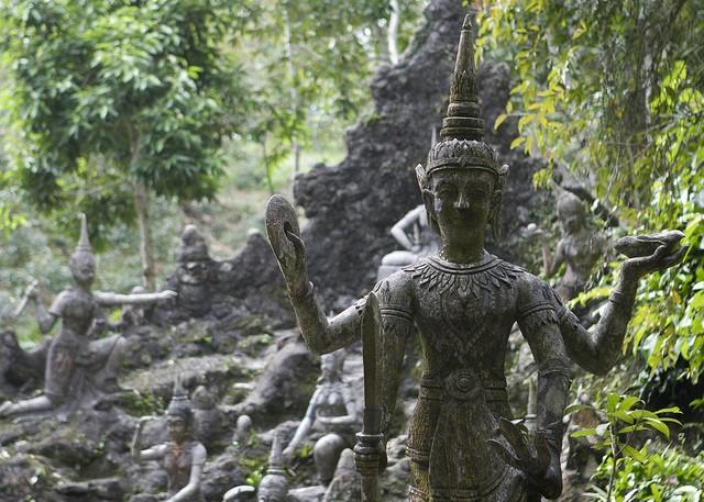 сад будды таиланд/3185107_1 (640x457, 103Kb)