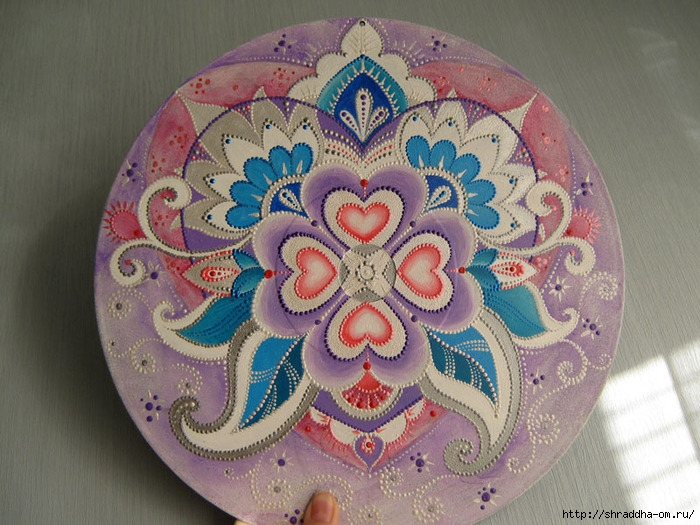 Сердечная мандала, акрил, автор Shraddha (0) (700x525, 288Kb)