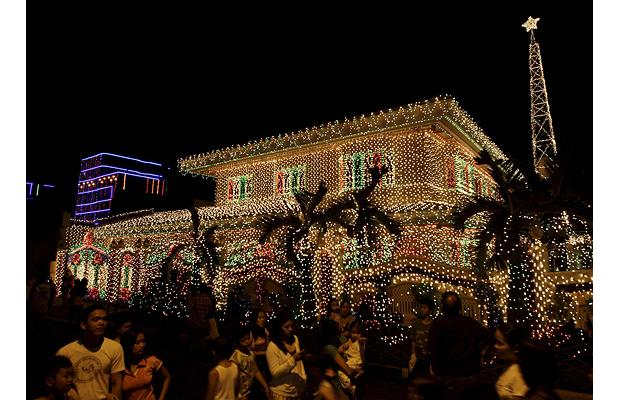 philippines-house-chritmas-lights-4 (620x400, 58Kb)