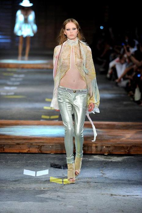Just-Cavalli-Spring-Summer-2012-Collection-DesignSceneNet-03 (465x700, 48Kb)