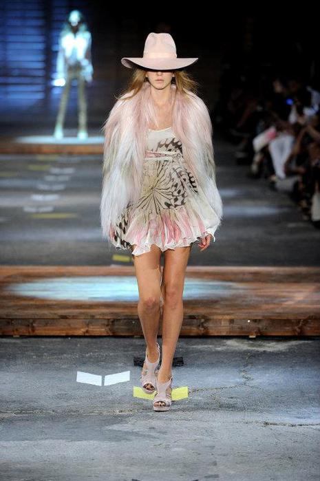Just-Cavalli-Spring-Summer-2012-Collection-DesignSceneNet-05 (465x700, 48Kb)