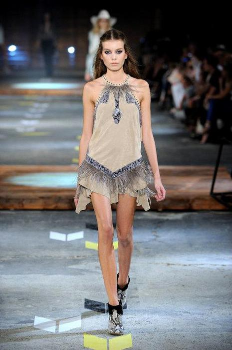 Just-Cavalli-Spring-Summer-2012-Collection-DesignSceneNet-18 (465x700, 45Kb)