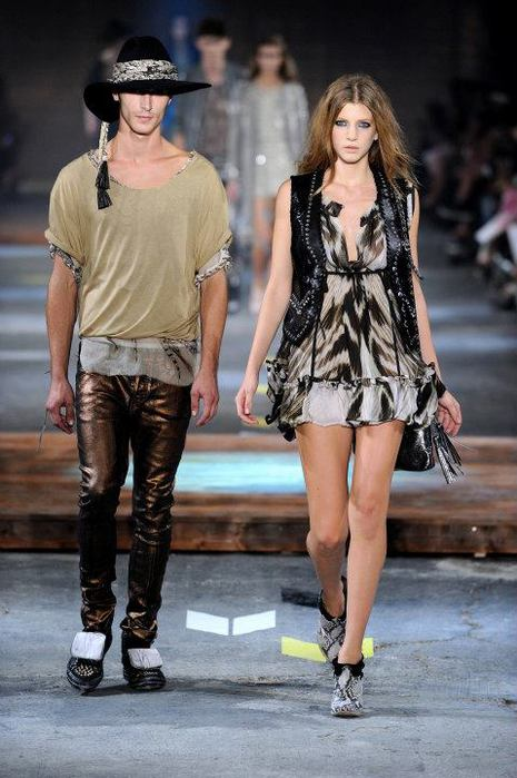 Just-Cavalli-Spring-Summer-2012-Collection-DesignSceneNet-31 (465x700, 61Kb)