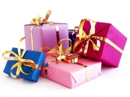 подарки (440x330, 41Kb)