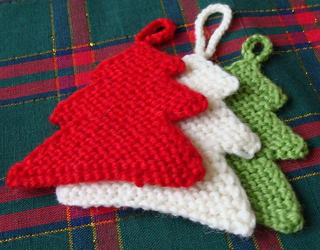 Christmas craft ideas: knitting Christmas tree, knitting pattern