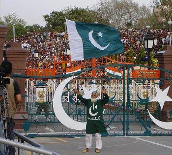 Пакистан и НАТО (350x315, 45Kb)