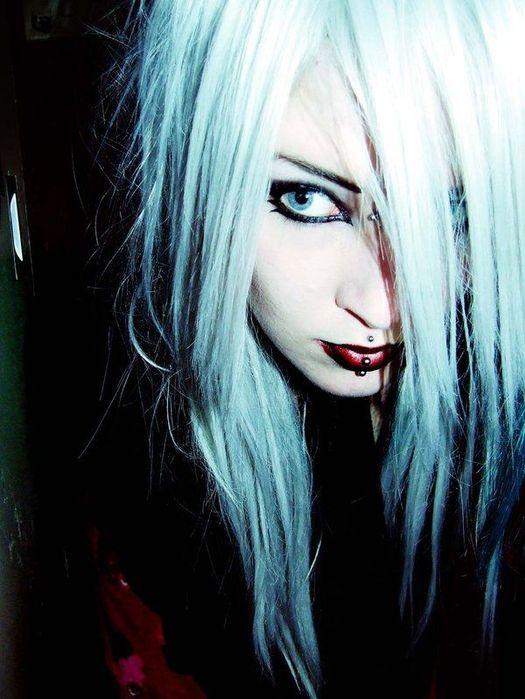 blue eyes girl 6 (525x700, 60Kb)