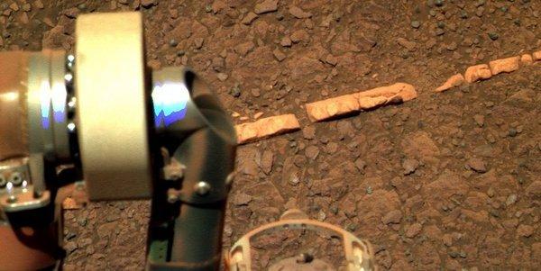 кирпичи на марсе (600x301, 43Kb)