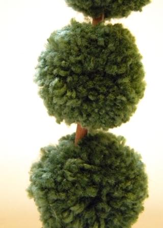 Topiary 2 (320x448, 91Kb)