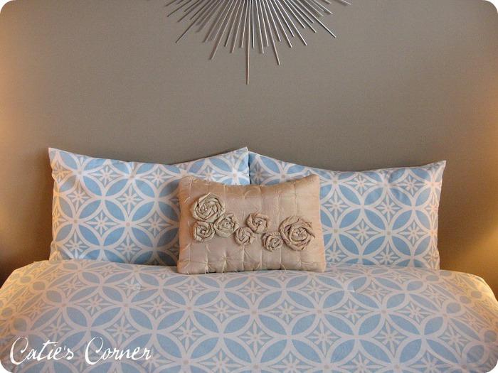 rosette pillow 2 (1) (700x525, 103Kb)