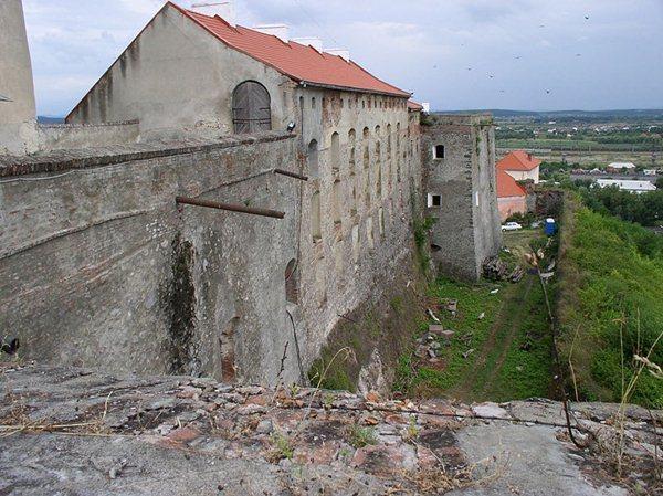 Замки, крепости и дворцы Украины 2-1 (600x449, 83Kb)