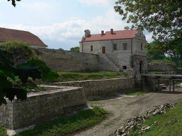 Замки, крепости и дворцы Украины 3-1 (600x450, 78Kb)