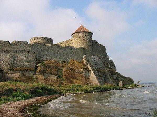 Замки, крепости и дворцы Украины 8-1 (600x450, 59Kb)