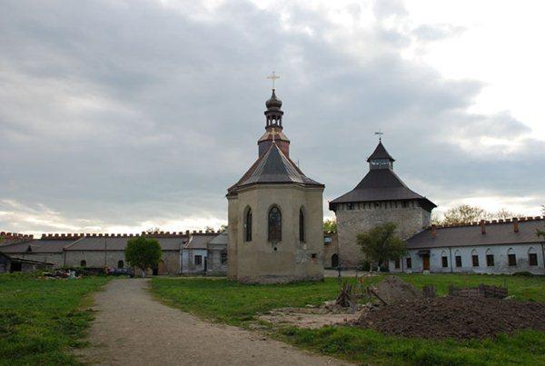 Замки, крепости и дворцы Украины 12-2 (600x403, 36Kb)