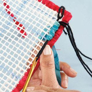 Вышивка лентами на пластиковой канве и кафельная плитка (9)